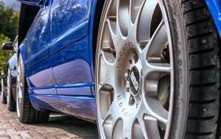 alloy wheel blue car
